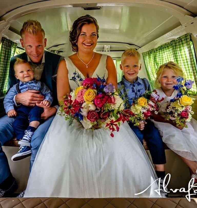 Volkswagen fotobusje trouwvervoer huren