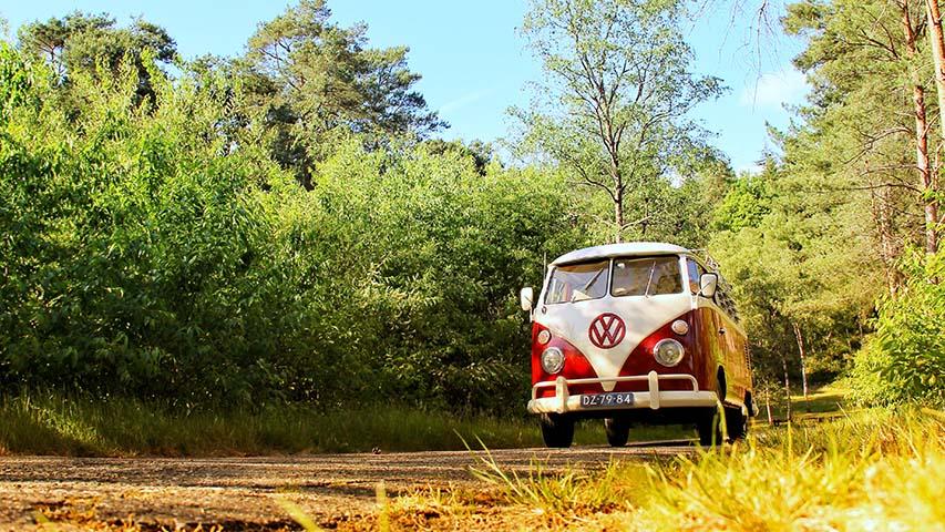 Volkswagen-t1-bus-huren-trouwvervoer-perfectwedding